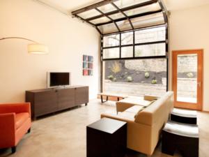 1500sqft small living room