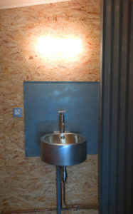 Le Cabanon bathroom design